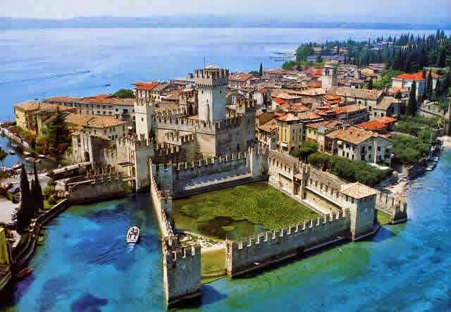 Sirmione Peninsula with Beeboatservice
