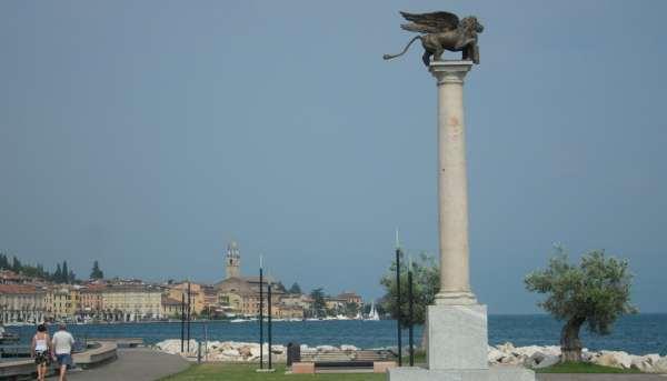 Piazza della Serenissima