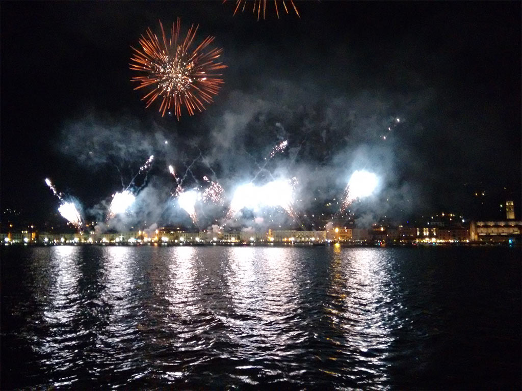 Lake Garda Fireworks Show and Night Tours by Boat