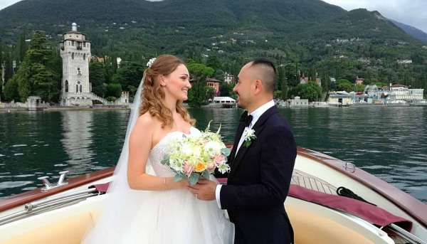 Wedding Tours and Photo Shoots by Boat