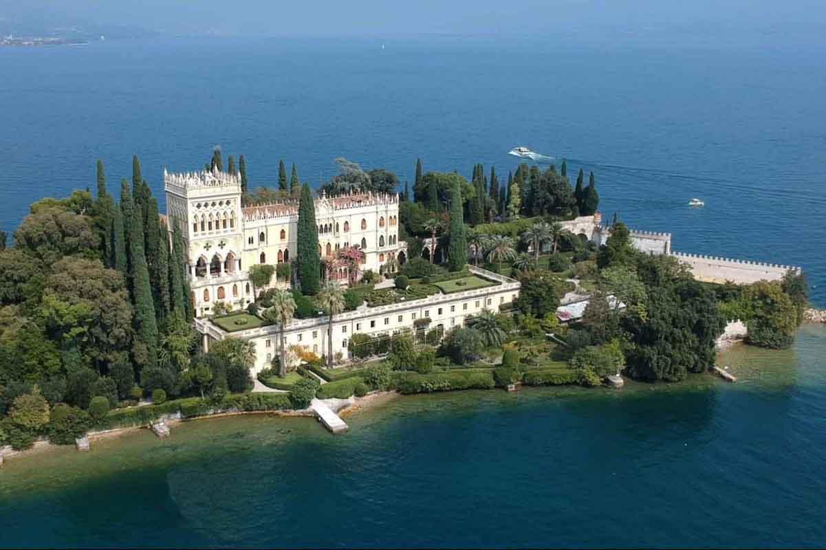 Garda Island tour - Drone View