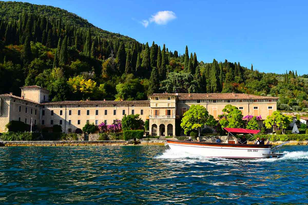 Sightseeing on boat all around the Lake Garda