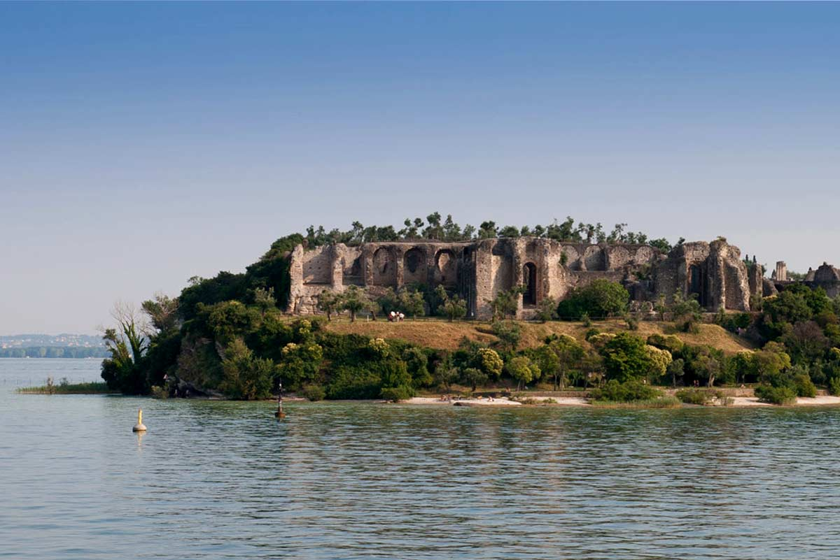 Catullo Grottas Sirmione from the lake