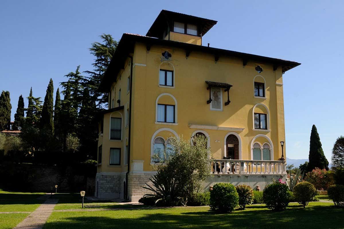 Maria Callas villas tour Sirmione